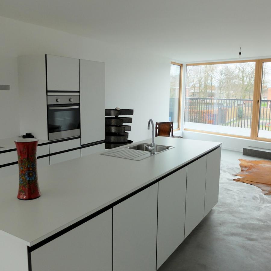 Bold gaat de immo toer op en decoreerde een splinternieuw lofty appartement bold design - Decoratie appartement design ...